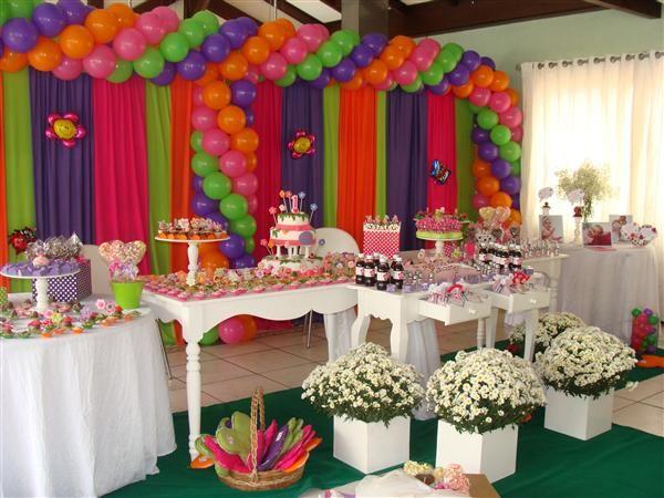 Brinque com as cores na decoração da sua festa (Foto: Divulgação)