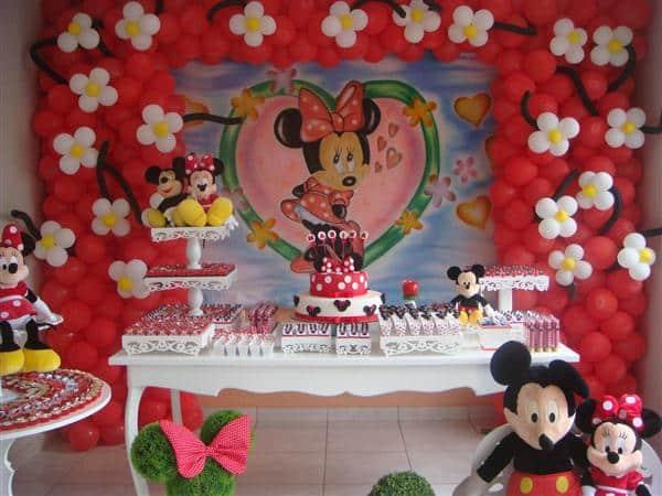 A decoração da Minnie é unanimidade quando o assunto é festa provençal infantil (Foto: Divulgação)