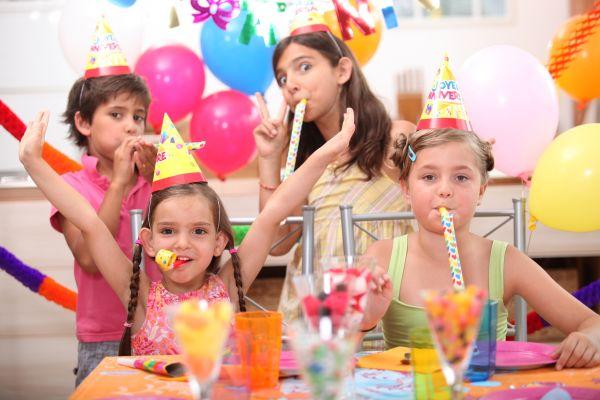Calcular corretamente o quanto e o que servir em festas infantis é essencial para o sucesso de sua festa (Foto: Divulgação)