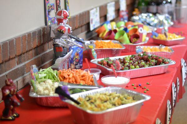 Calcular descartáveis para festa infantil torna-se uma tarefa bem mais fácil quando se tem a lista de convidados e a lista de alimentos já definitivas (Foto: Divulgação)