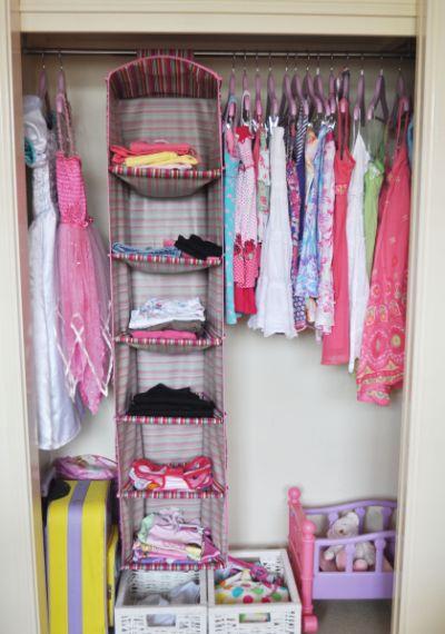 Espa o infantil como organizar um guarda roupa infantil for Como organizar un armario pequeno