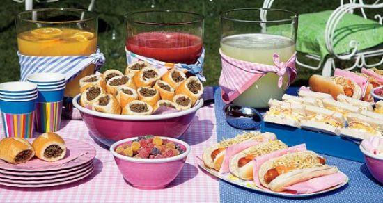 Há muitas opções de lanches para servir em festa infantil, algumas bem saudáveis e nutritivas (Foto: Divulgação)