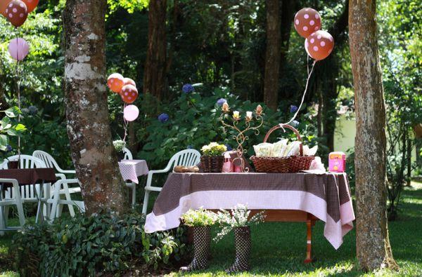 A decoração de festa infantil ao ar livre deve ser a mais especial possível, para que o espaço da festinha seja ainda mais valorizado (Foto: Divulgação)