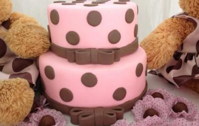Fazer bolo de isopor para festa infantil é mais fácil do que você imagina (Foto: Divulgação)