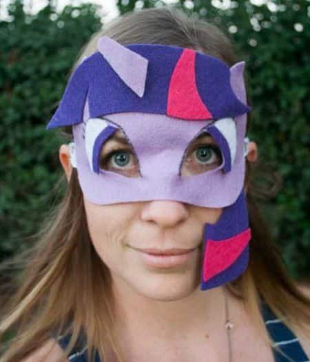 Com estas máscaras divertidas para festas o seu evento vai ficar ainda mais animado (Foto: illistyle.com)