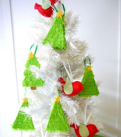 Com esta caixinha de doce para árvore de Natal a sua árvore vai ficar muito mais charmosa (Foto: everythingetsy.com)