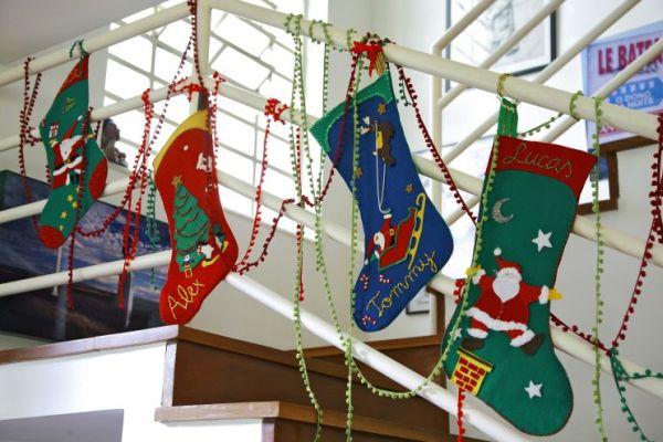 Meias de feltro para o Natal vão deixar as suas crianças muito felizes (Foto: mulher.uol.com.br)