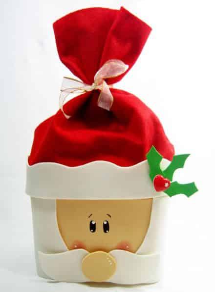 Com este porta-panetone com pote de sorvete o sucesso é garantido (Foto: solidarium.net)