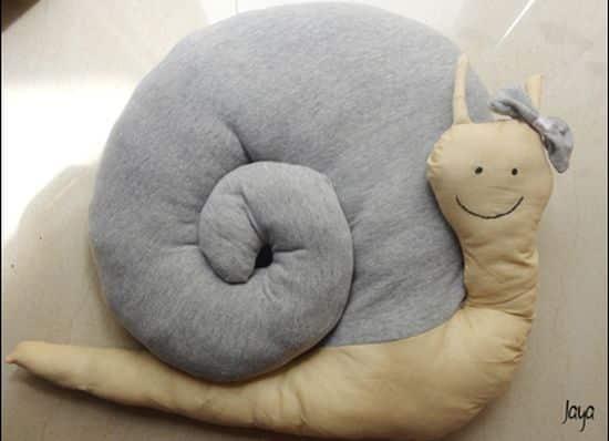 Este caracol de tecido pode ter o estilo que você quiser (Foto: jayaspages.wordpress.com)