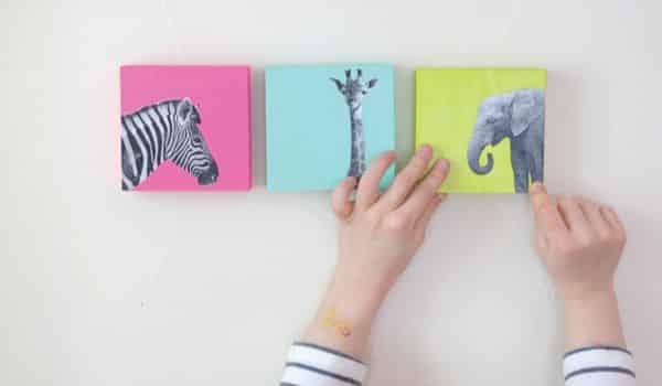 Miniquadros decorativos para quarto infantil renovam o ambiente de forma delicada (Foto: aliceandlois.com)