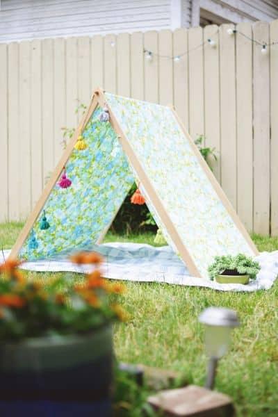 Tenda de tecido incentiva a criatividade e imaginação (Foto: farmfreshtherapy.com)