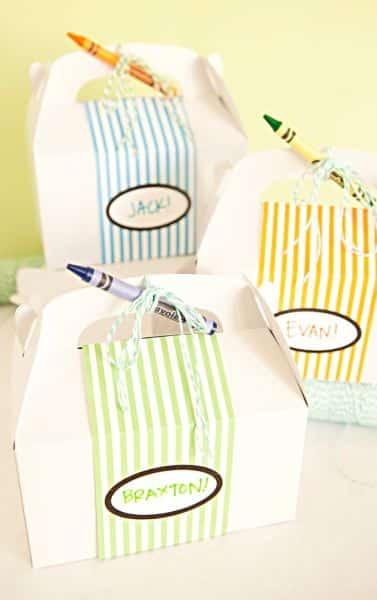 Lembrancinha infantil personalizada pode ser utilizada em vários temas de festa (Foto: somethingturquoise.com)