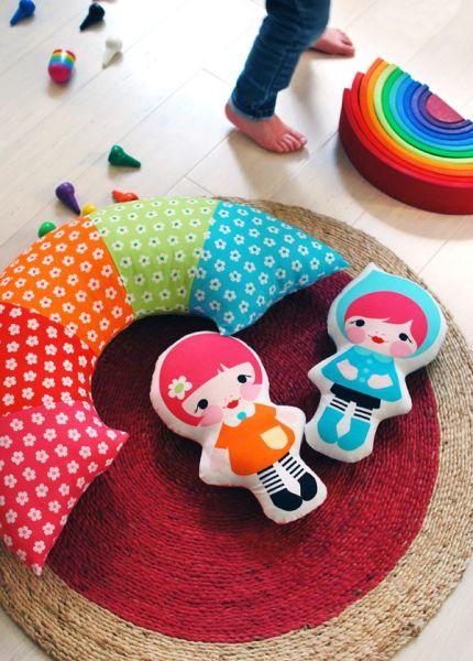 Almofada Infantil Arco-Íris Passo a Passo          1