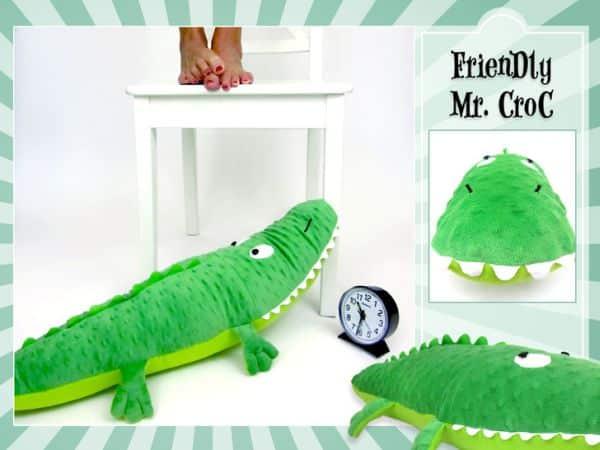 Crocodilo infantil em tecido é fofo e os pequenos adoram (Foto: sew4home.com)