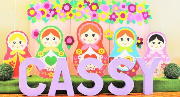 A decoração de festa infantil tema Matrioska é linda e feminina (Foto: littlewishparties.com)