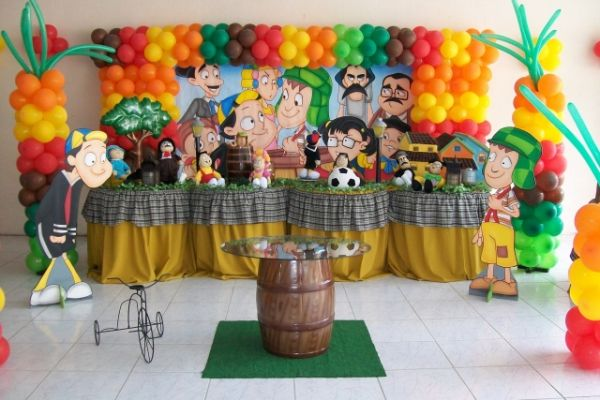 Invista na decoração de festa infantil tema turma do Chaves para o