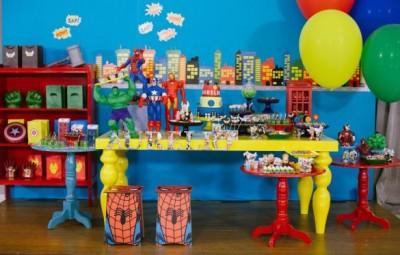 festa de aniversário infantil tema super-heróis  faz a alegria das crianças (Foto: gnt.globo.com)