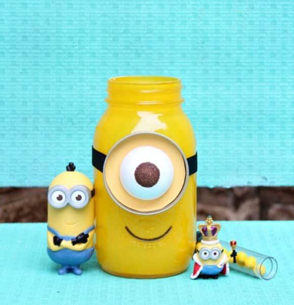 Pequenos adoram este artesanato infantil dos Minions (Foto: morenascorner.com)