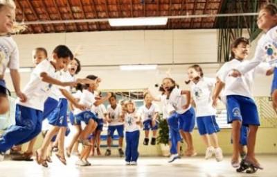 Brincadeiras para educação infantil não faltam, escolha as suas preferidas (Foto: revistaescola.abril.com.br)