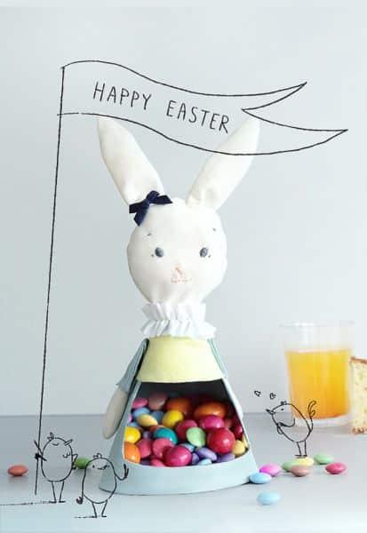 Invista sem medos neste coelhinho para lembrança infantil que o sucesso é garantido (Foto: handmadecharlotte.com)
