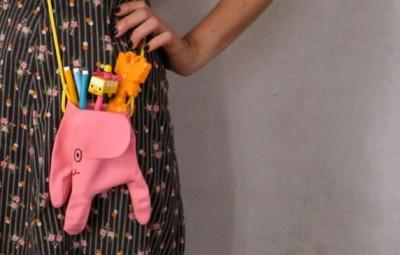 Bolsinha infantil de luva é fofa, barata e muito charmosa (Foto: handmadecharlotte.com)