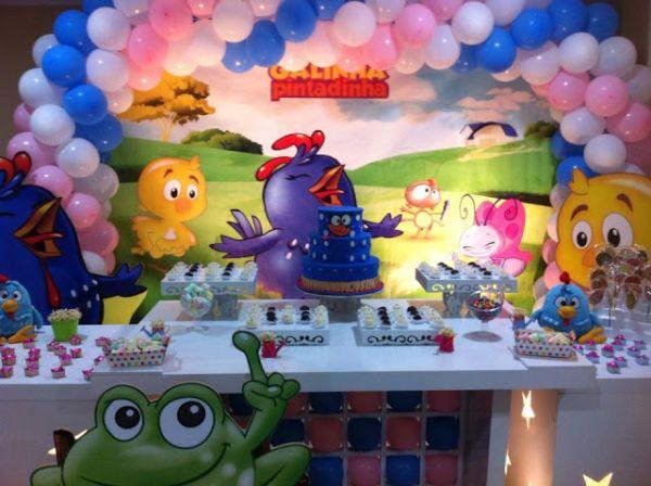 decoracao alternativa de festa infantil:Espaço Infantil Decoração de Festa Infantil Gêmeos Casal