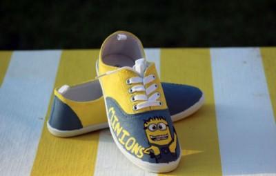 Este tênis infantil personalizado vai renovar os looks de sua criança (Foto: momsandcrafters.com)