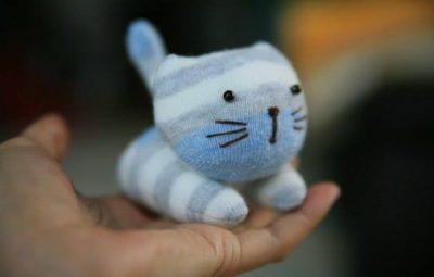 Bichinho de meia para crianças é fofo e barato (Foto: fabartdiy.com)