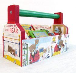 Organizador infantil de madeira é lindo e útil (Foto: modpodgerocksblog.com)