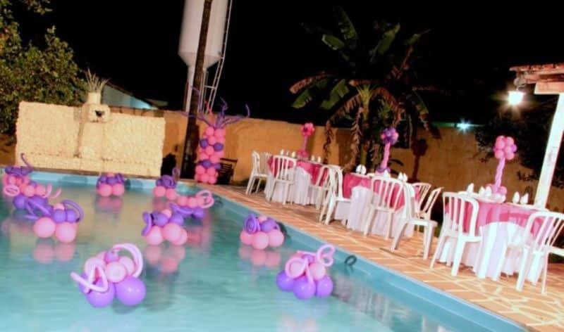 Espa o infantil 10 ideias de decora o infantil para for Caillou na piscina