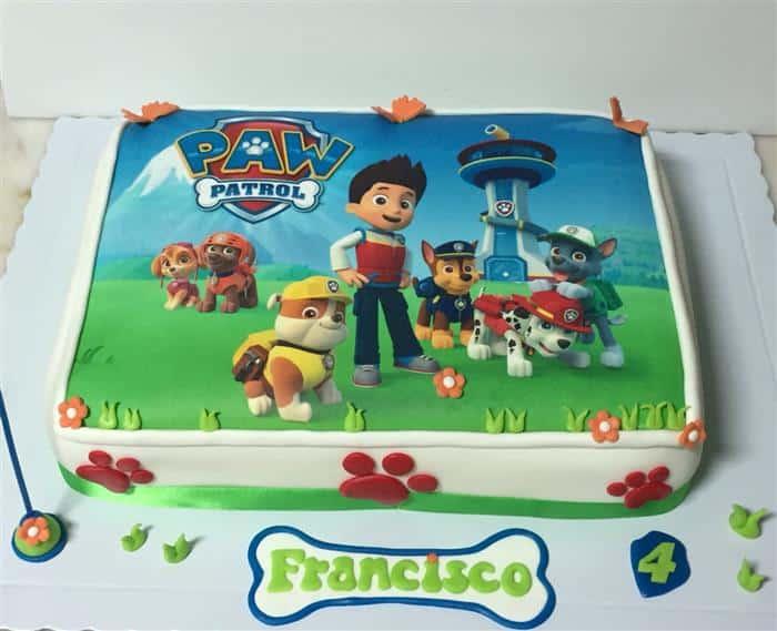 bolo de aniversário infantil simples