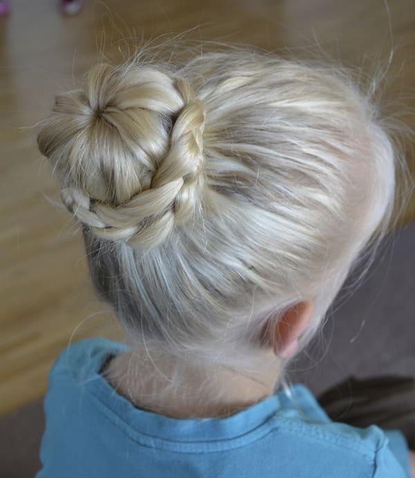 penteado com trança infantil coque fashion