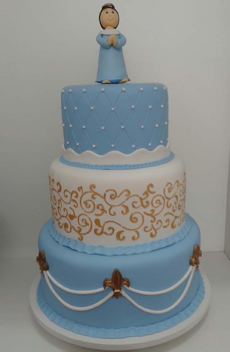 bolo para batizado alto