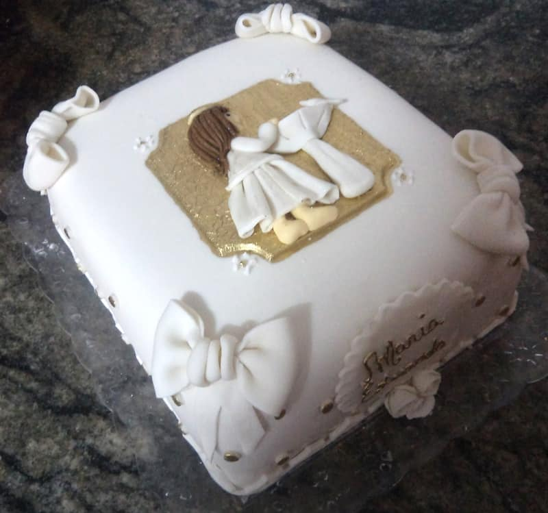 bolo para batizado decorado