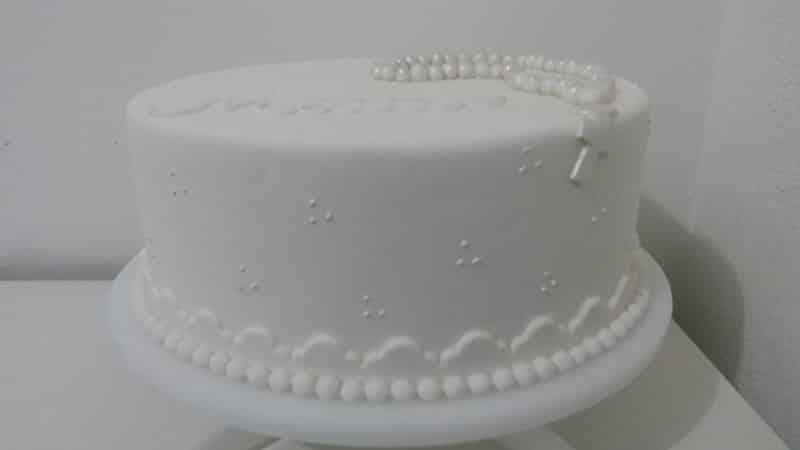 bolo para batizado baixo
