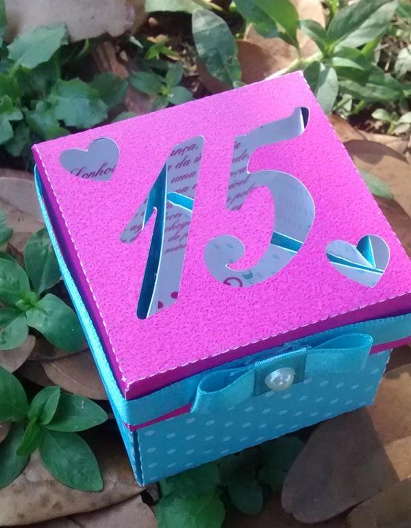 festa de 15 anos caixa convite