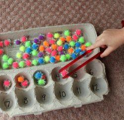 brinquedo pedagogico caixa de ovos