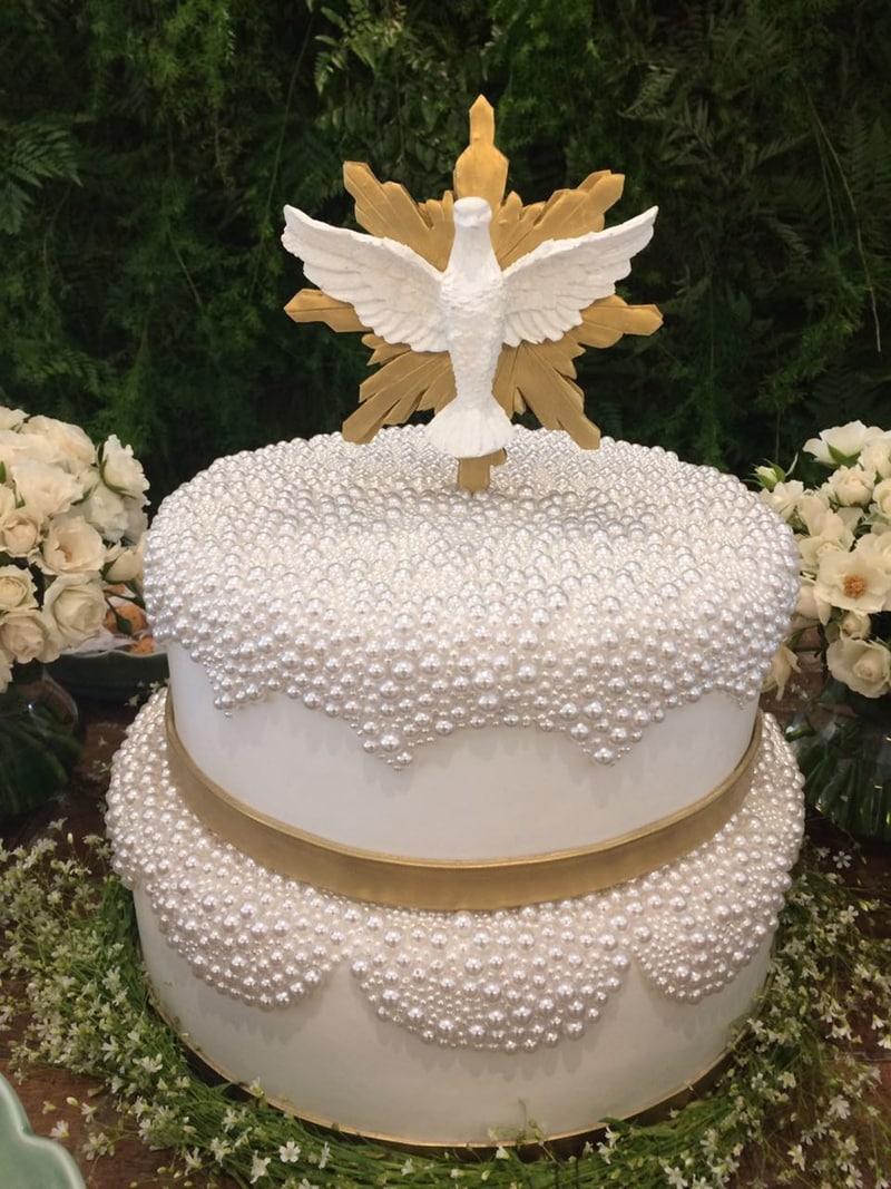 bolo para batizado pomba