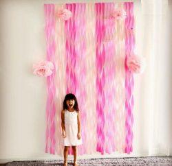 painel de papel crepom rosa