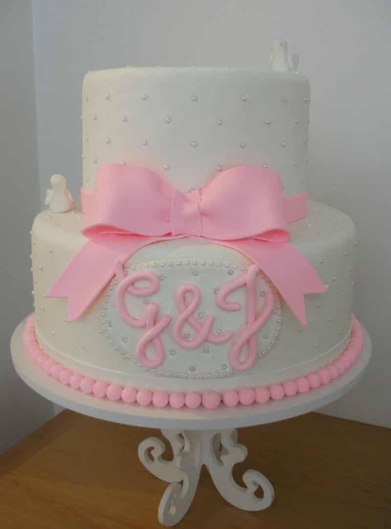 bolo para batizado com laço