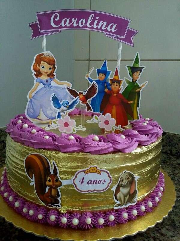 topo de bolo da princesa sofia lilás e dourado