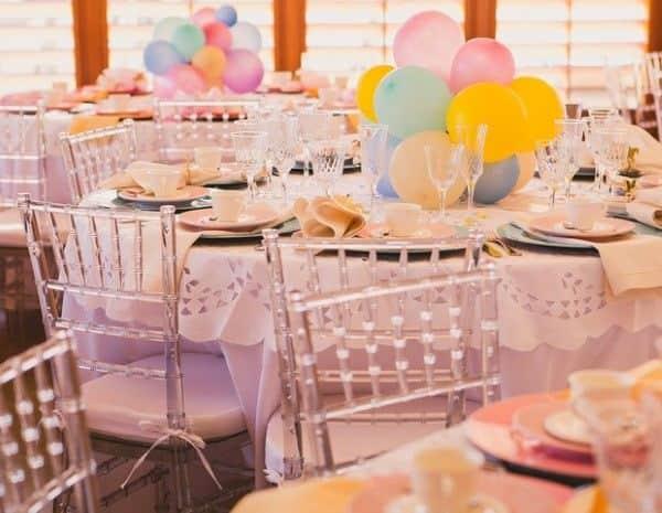 centro de mesa com baloes