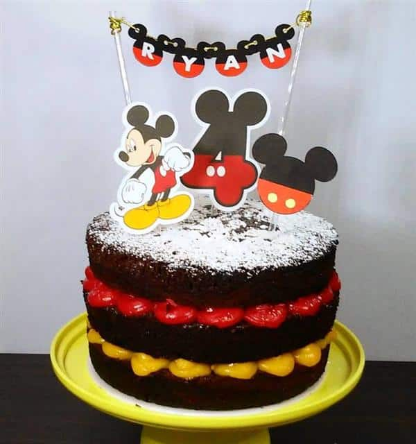 bolo do mickey de chocolate