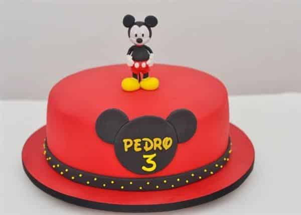 bolo do mickey vermelho