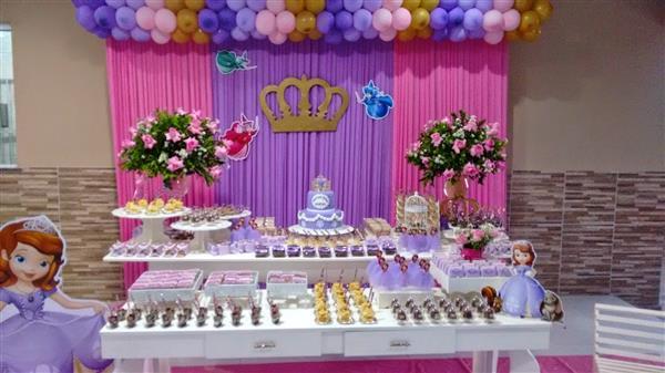 cortinas rosa e lilas
