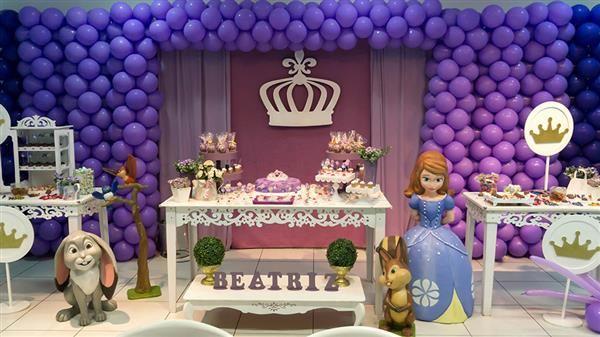 decoração de aniversario da princesa sofia simples