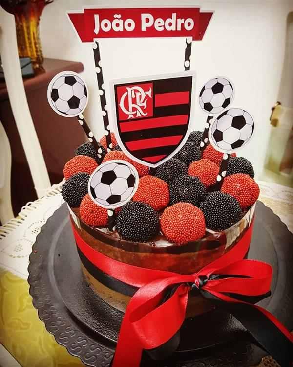 bolo do flamengo masculino