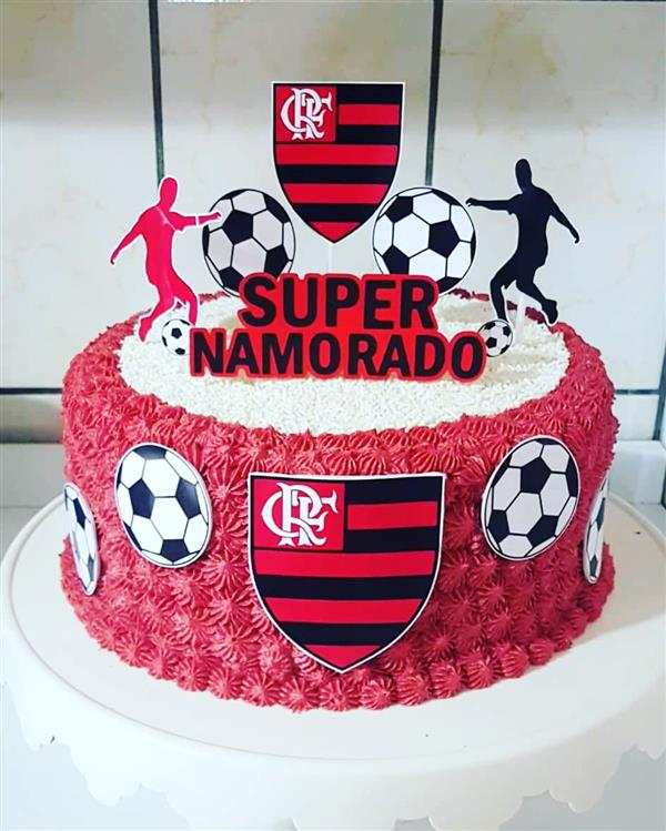 bolo do flamengo vermelho