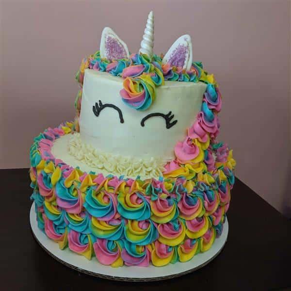 decoração de bolo unicórnio