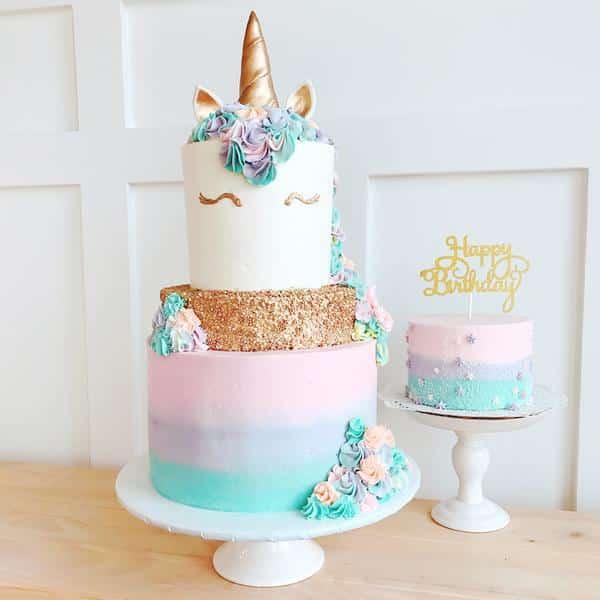 bolo unicórnio cor pastel